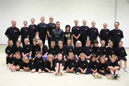 Der Abteilung Kunstturnen und Rhythmische Sportgymnastik des TV Ober-Ramstadts T-Shirts gesponsert
